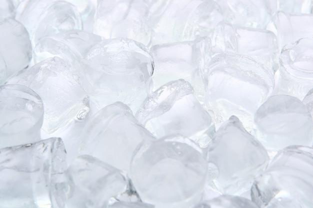 น้ำแข็งหลอดใหญ่